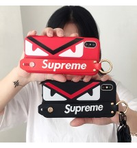 フェンディ supreme iphone XSケース 新作 おしゃれ iphone XRケースブランド iphone 8/8 plusケース お洒落 アイフォンxs max ケー男女ペア iPhone7/iPhone6s plus ハードケースストラップつき