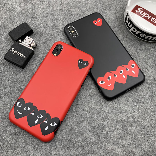 COMME Des GARÇONS Play iphone xs カバー
