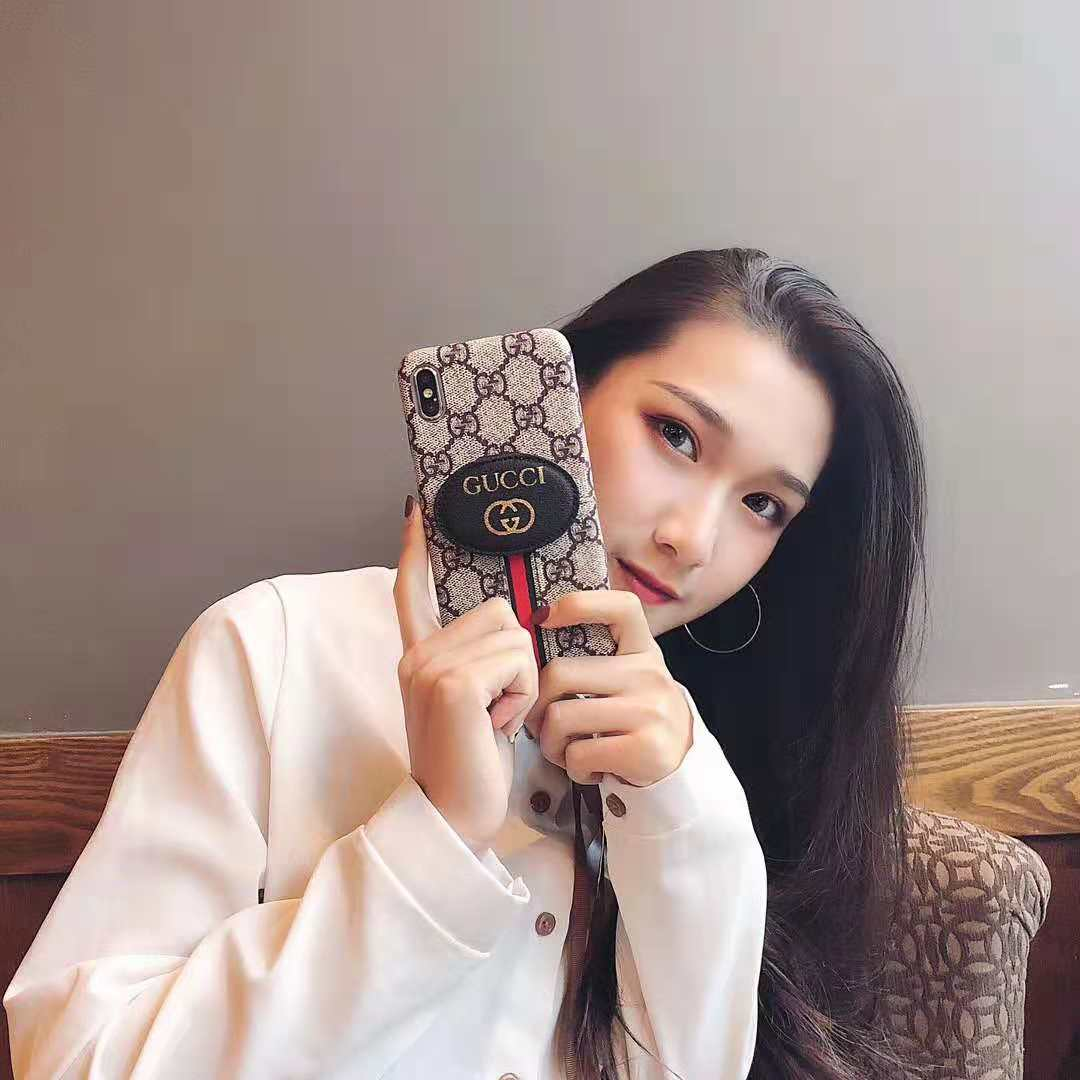 gucci iphone xrケース