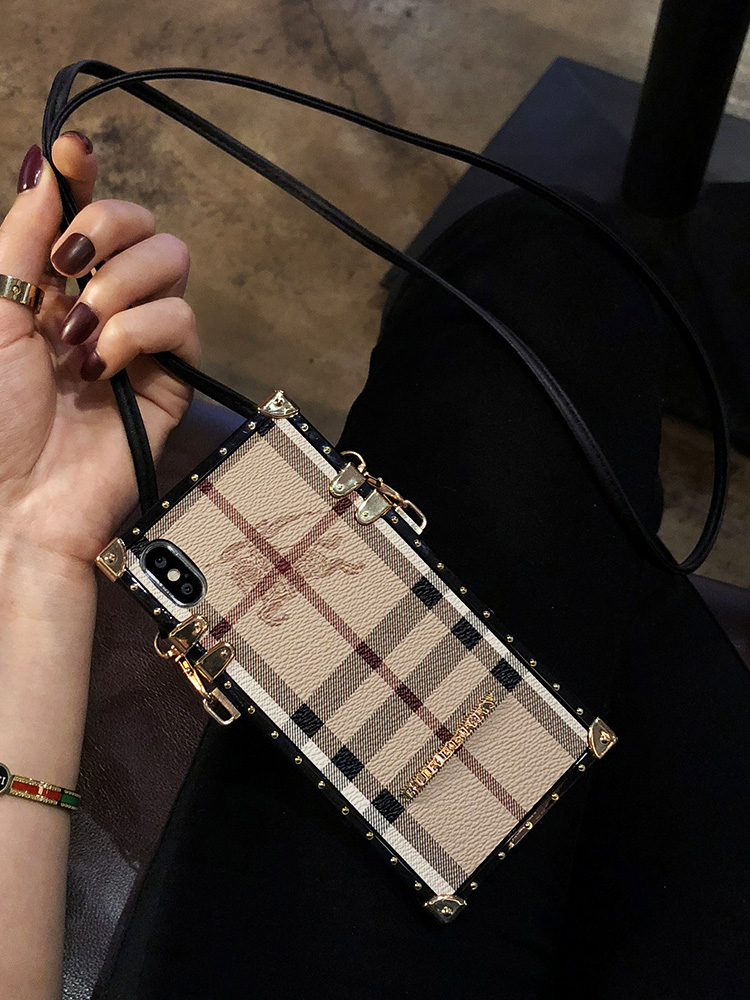 Burberry IPHONE XS MAX ケース