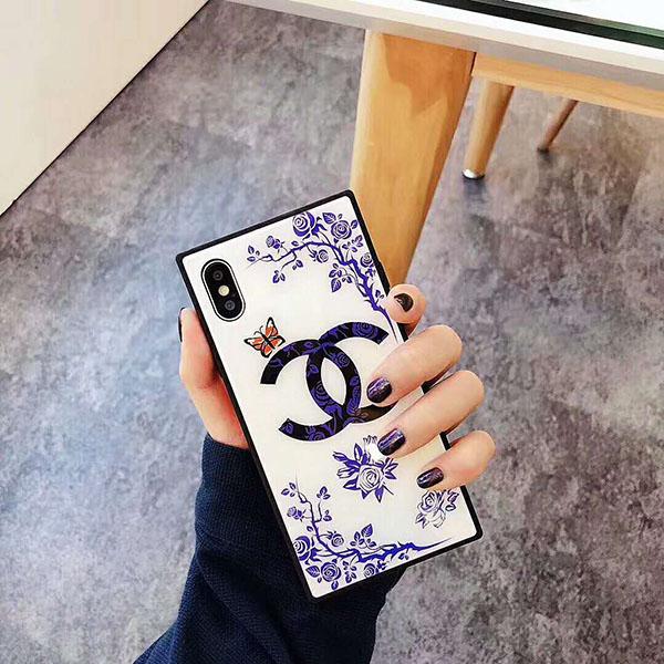 chanel iPhone8/8プラスカバー