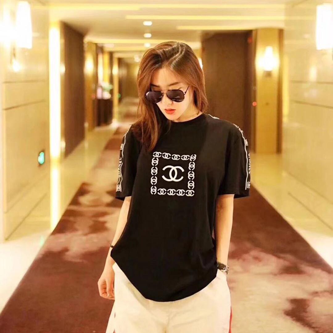 シャネル  短袖Tシャツ
