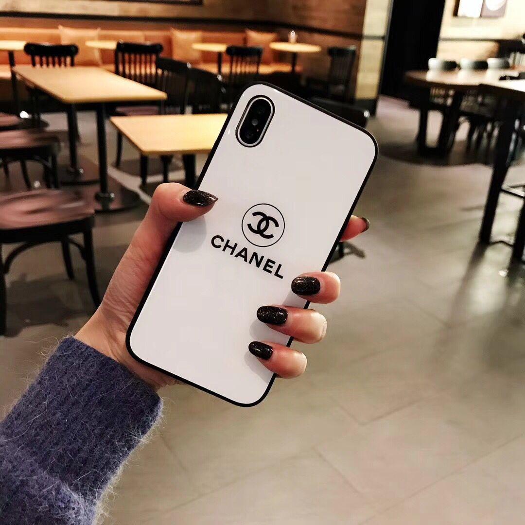 chanel iphone 11